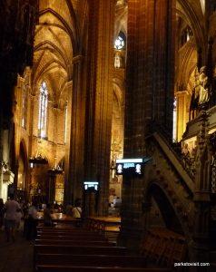 Metropolitan Cathedral Basilica of Barcelona_062017 (20)