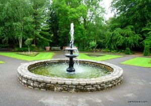 Roundhay_park_Leeds_20160611 (14)