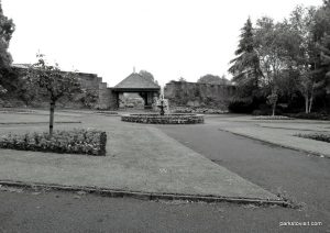 Roundhay_park_Leeds_20160611 (16)